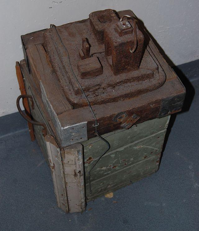 Nail maker's anvil (Photo credit: Andy Mabbett)