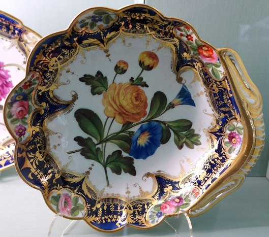 Dessert_service,_Coalport_Porcelain_Manufactory,_probably_1830s-1840s_-_Harewood_House_-_West_Yorkshire,_England_-_DSC01657